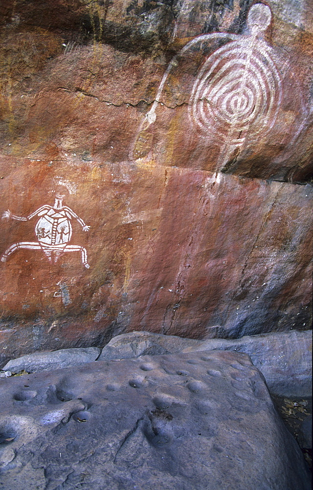 Aboriginal rock art, Aboriginal rock paintings near Cannon Hill, Kakadu National Park, Northern Territory, Australia