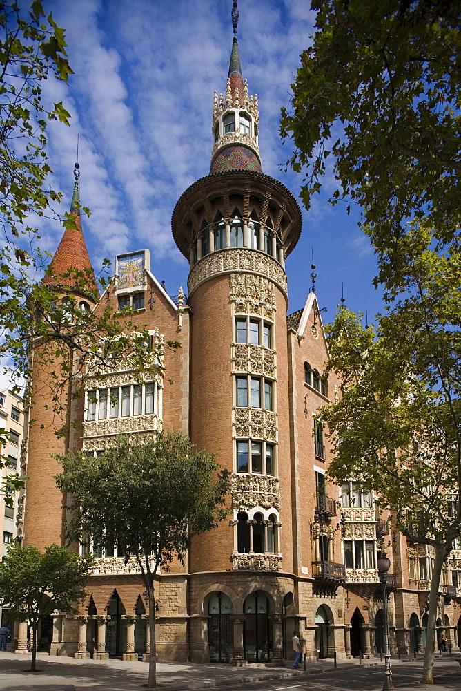 Casa Terrades, Avinguda Diagonal, modernism, Puig i Cadafalch, Eixample, Barcelona, Spain