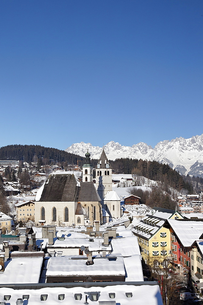 Wilder Kaiser, Vorderstadt, Parish Church and Liebfrauen Church, Kitzbuhel, Tyrol, Austria