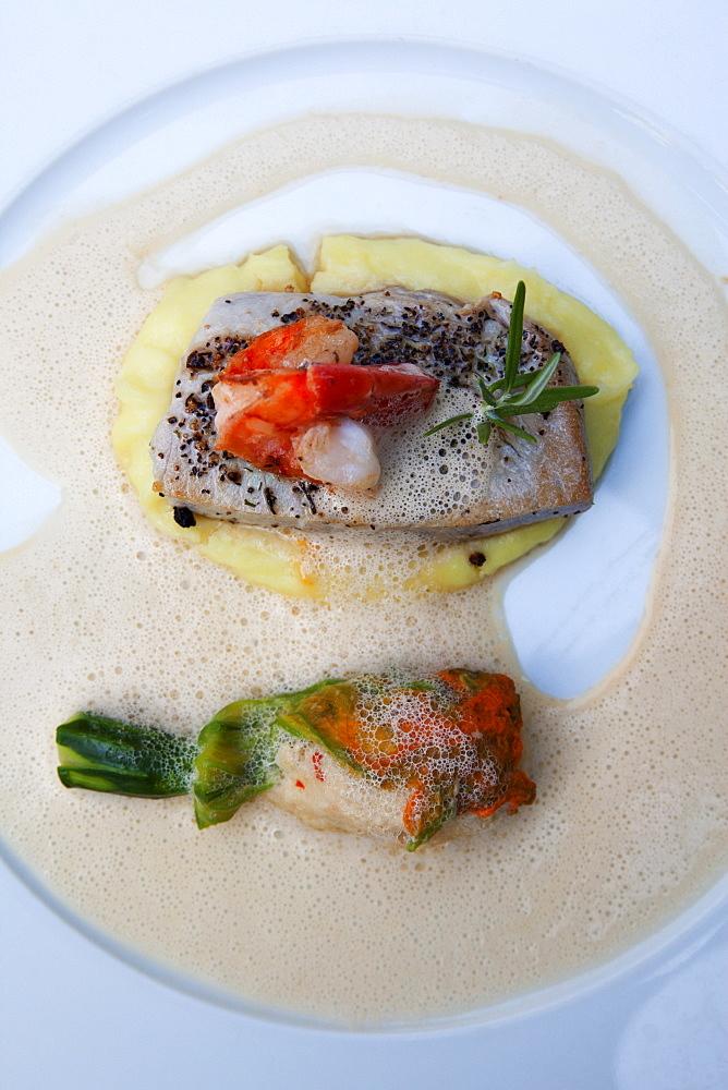 Grilled tuna steak and shrimp on mashed potatoes, Restaurant Ricasso, Munich, Upper Bavaria, Bavaria, Germany, Europe
