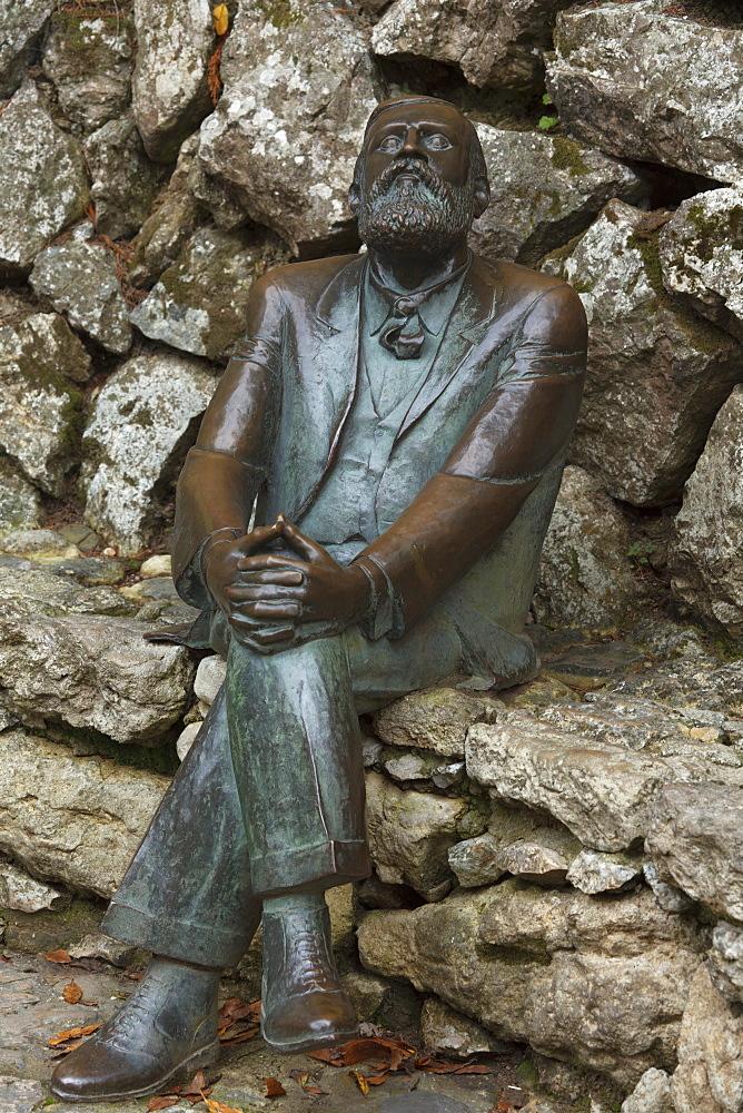 Sculpture in honor of Antoni Gaudi in the garden of Villa El Capricho, Comillas, Camino de la Costa, Camino del Norte, coastal route, Way of St. James, Camino de Santiago, pilgrims way, province of Cantabria, Cantabria, Northern Spain, Spain, Europe