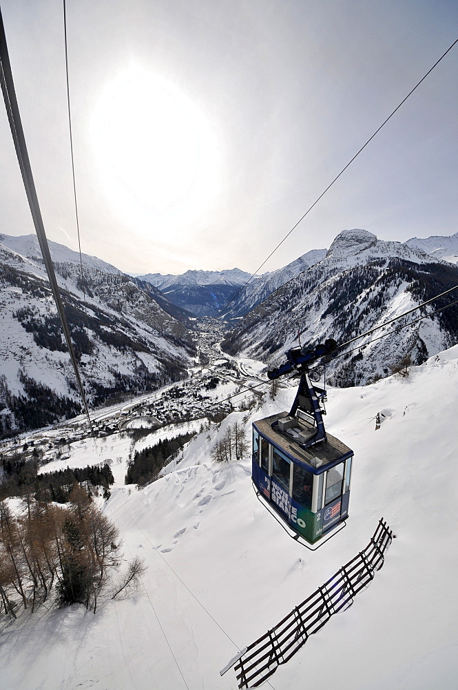 Cable car to Col Helbronner under Mont Blanc with view on Courmayeur, Aosta Valley, Italy