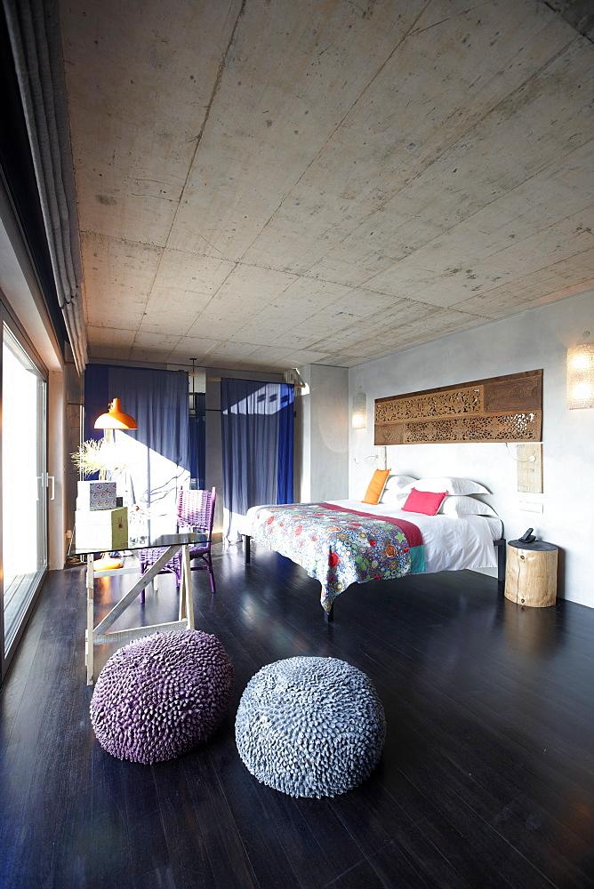 Double room with terrace deck overlooking the sea and sand dunes, Hotel Areias do Seixo, Povoa de Penafirme, A-dos-Cunhados, Costa de Prata, Portugal