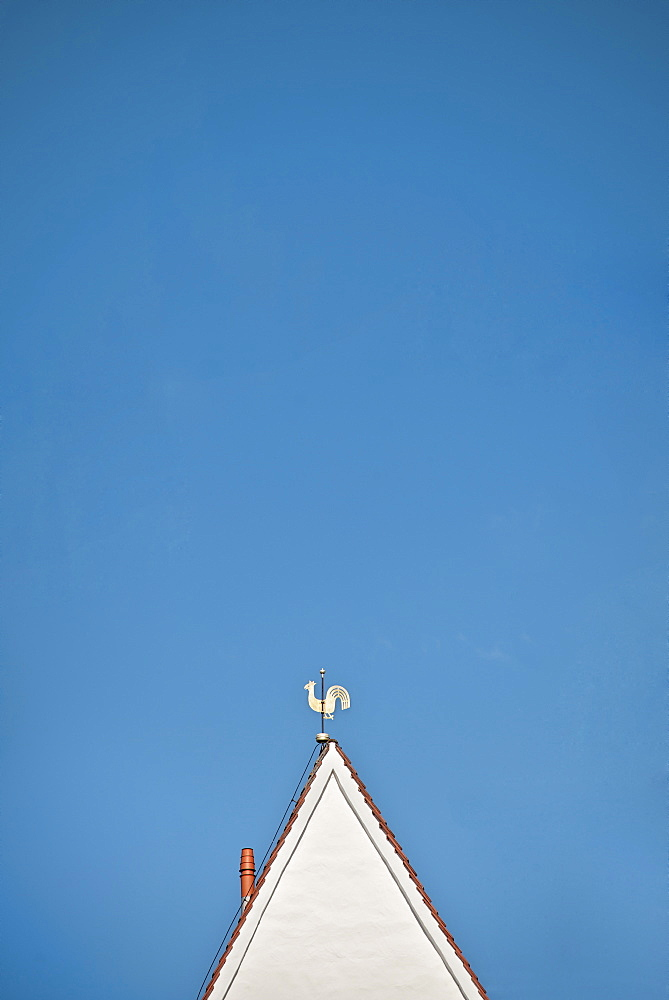 Rooftop with cock on top, old town of Passau, Lower Bavaria, Bavaria, Germany