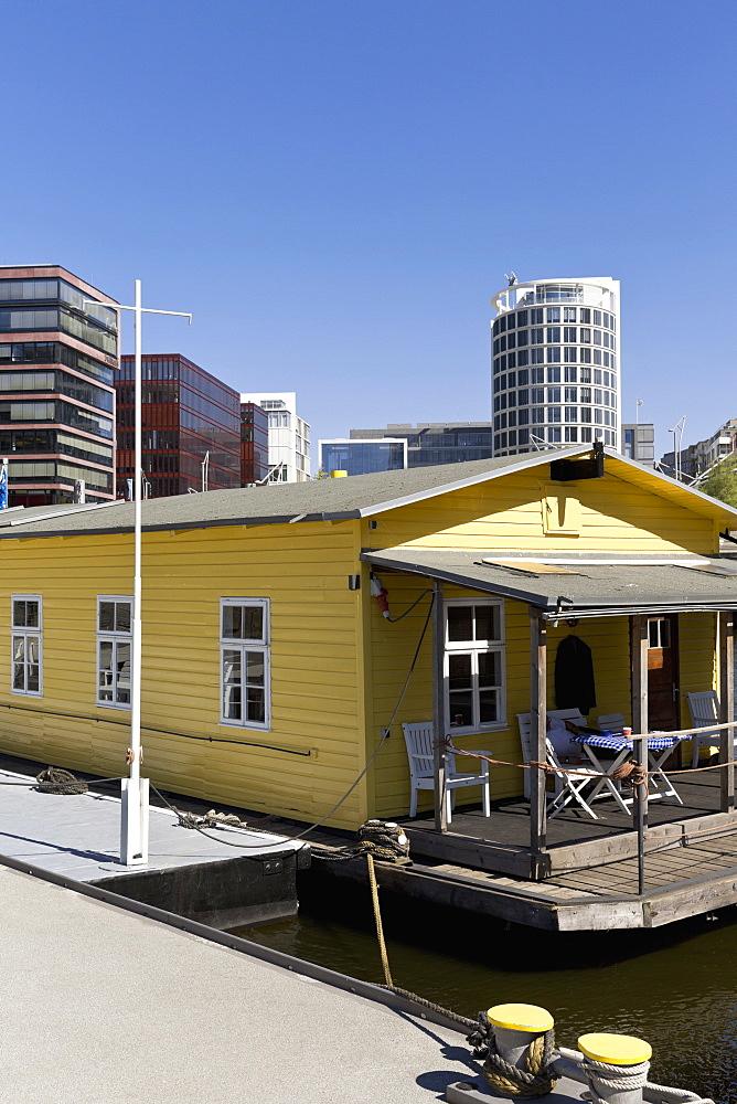 House boat in Sandtorhafen, in Hafencity Hamburg, Hamburg, Germany