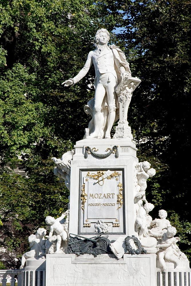 Statue of Wolfgang Amadeus Mozart by Viktor Tilgner, Vienna (Wien), Austria