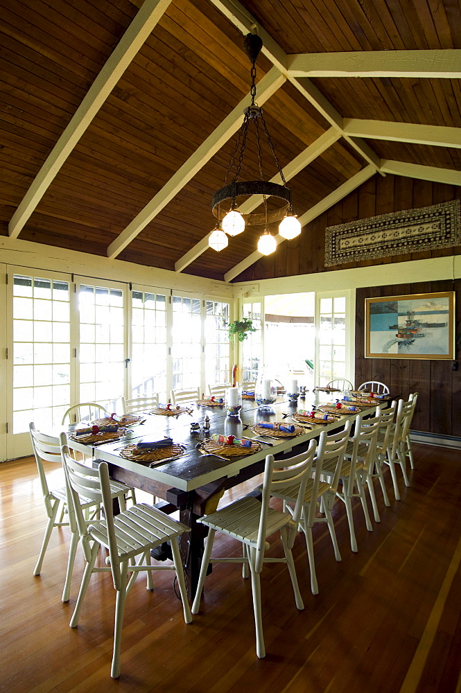 Cottage dining room, Lake of the Woods, Kenora, Ontario