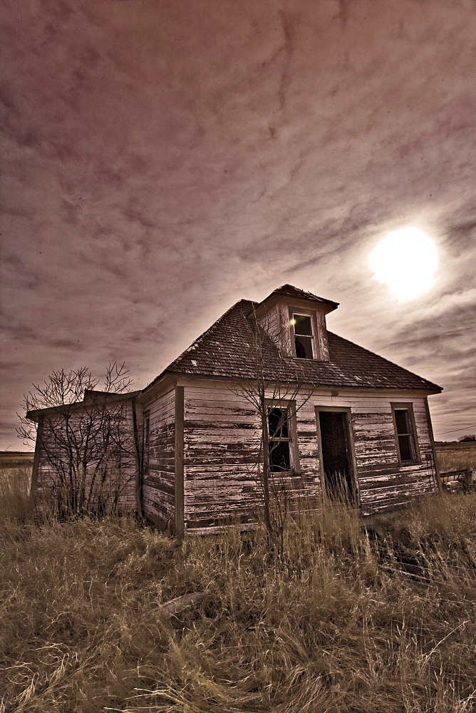 Abandoned House in the Prairies, Saskatchewan