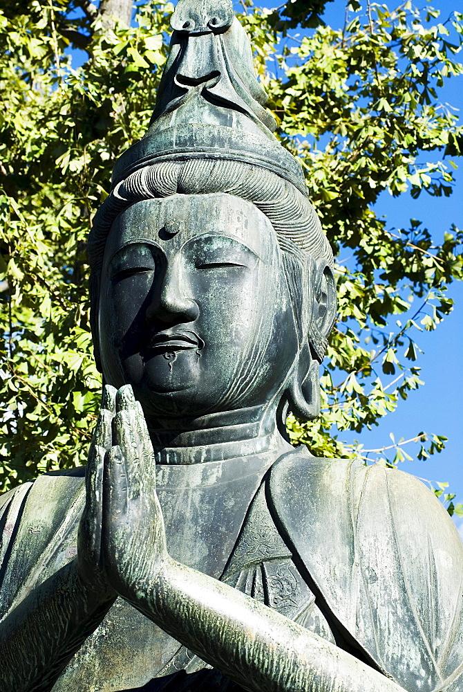 Japan, Tokyo, Asakusa, Senso-ji Temple, Buddha statue.