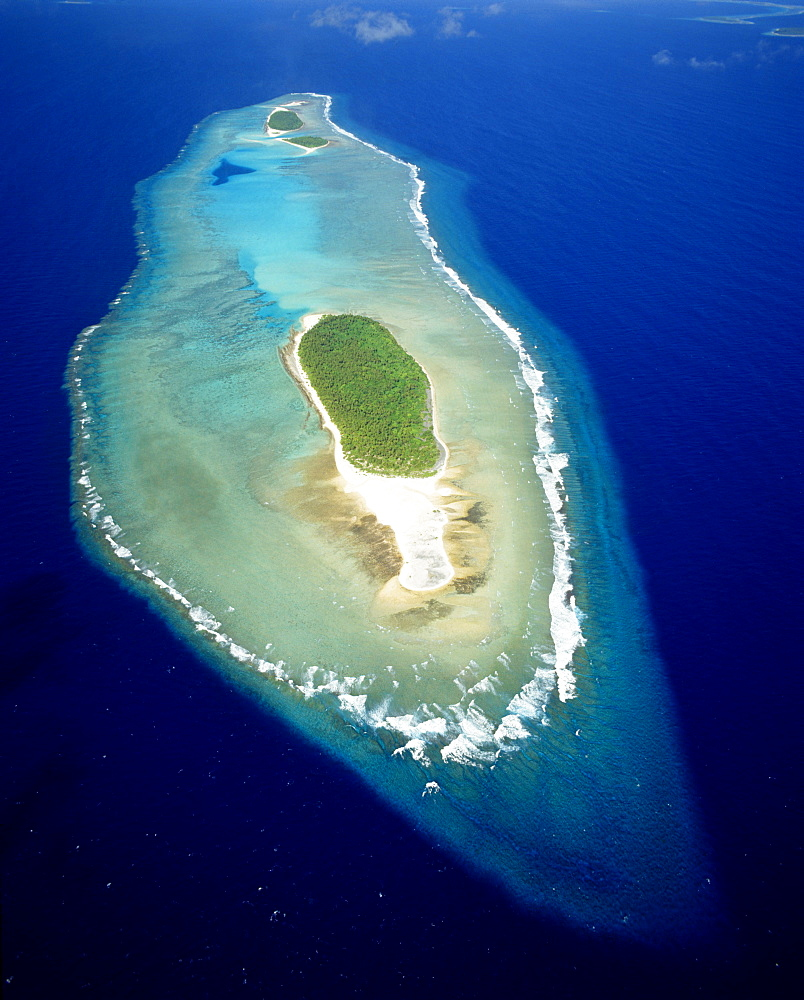 Micronesia, Losiep Atoll, Near Ulithi Yap State, aerial view