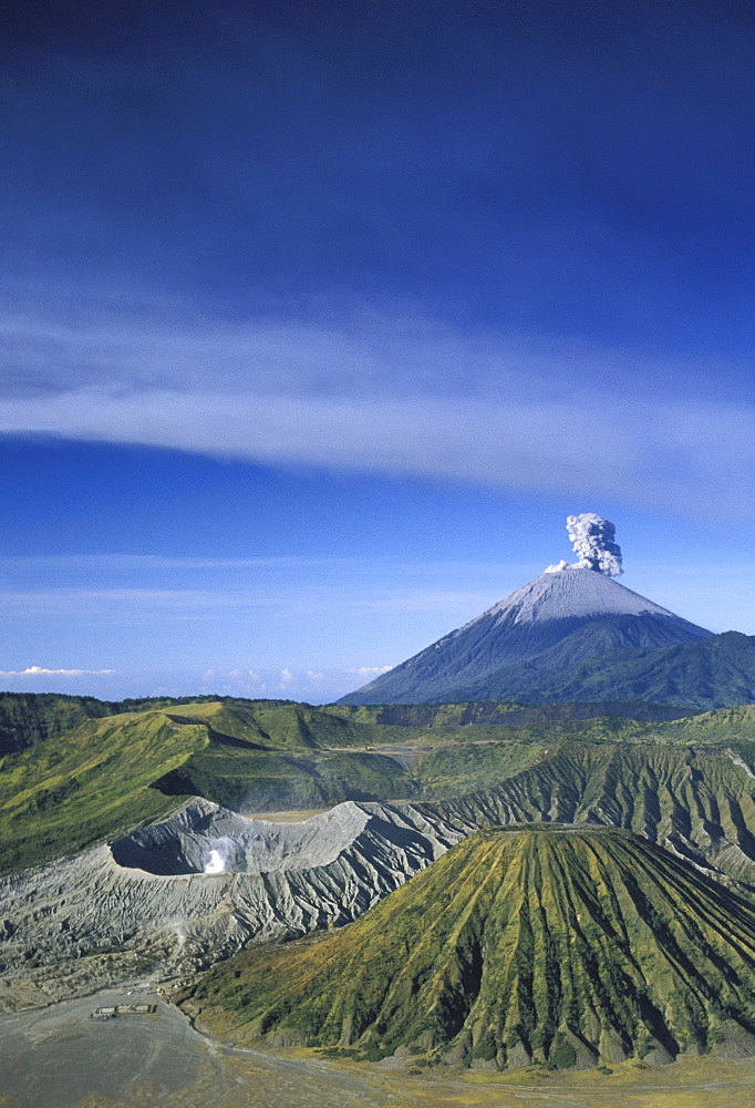 Indonesia, Java, Bromo Tengger Semeru National Park overview, volcano erupts background
