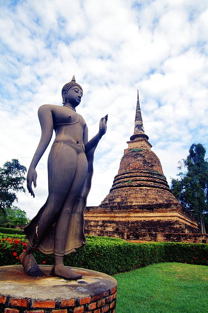 Thailand, Sukhothai Historical Park, Wat Sa Si, Walking Buddha.