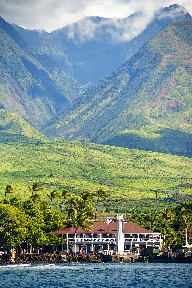 Historic Pioneer Inn and West Maui Mountains, Lahaina, Maui, Hawaii, United States of America