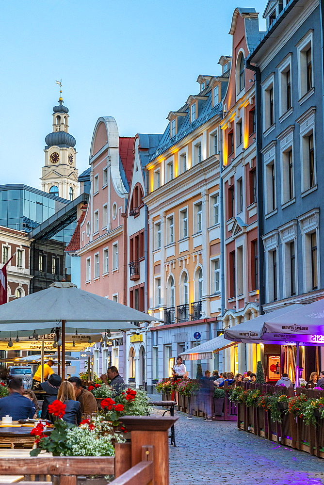 Restaurants at Night, Old Town, Riga, Latvia, Europe