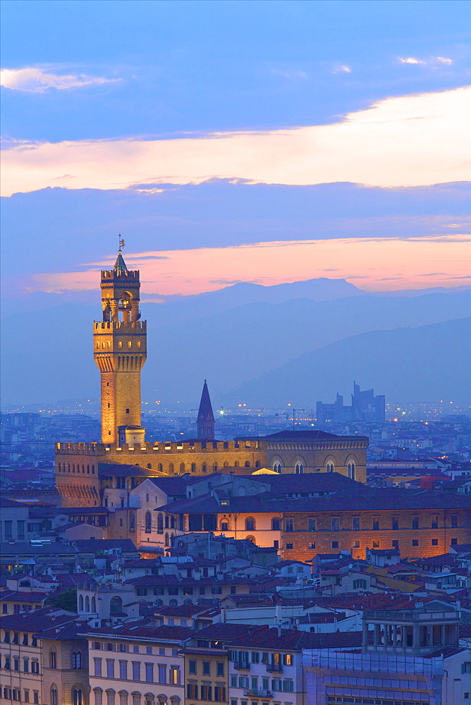 Palazzo Vecchio from Piazzale Michelangelo, Florence, UNESCO World Heritage Site, Tuscany, Italy, Europe