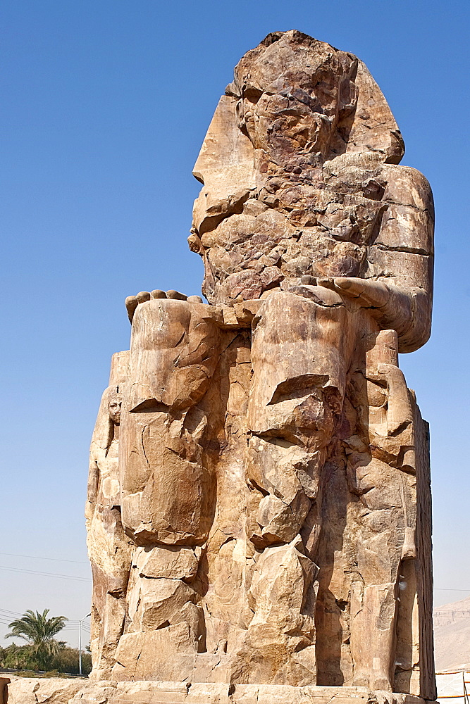 Colossi of Memnon, statue of Pharaoh Amenhotep III, Luxor, Egypt / el-Colossat, es-Salamat