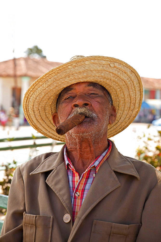 elderly man with cigar in Vinales, Vinales Valley, Pinar del Rio, Cuba, Caribbean