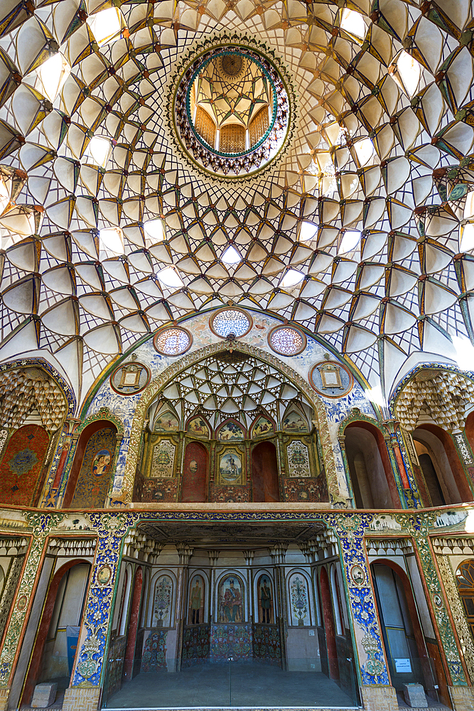 Borujerdi House, main dome, Kashan, Isfahan Province, Islamic Republic of Iran, Middle East - 1131-1280