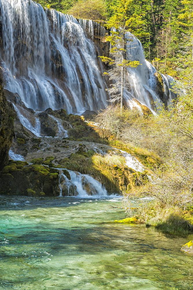 Pearl Shoal Waterfall, Unesco World Heritage Site, Jiuzhaigou National Park, Sichuan Province, China, East Asia