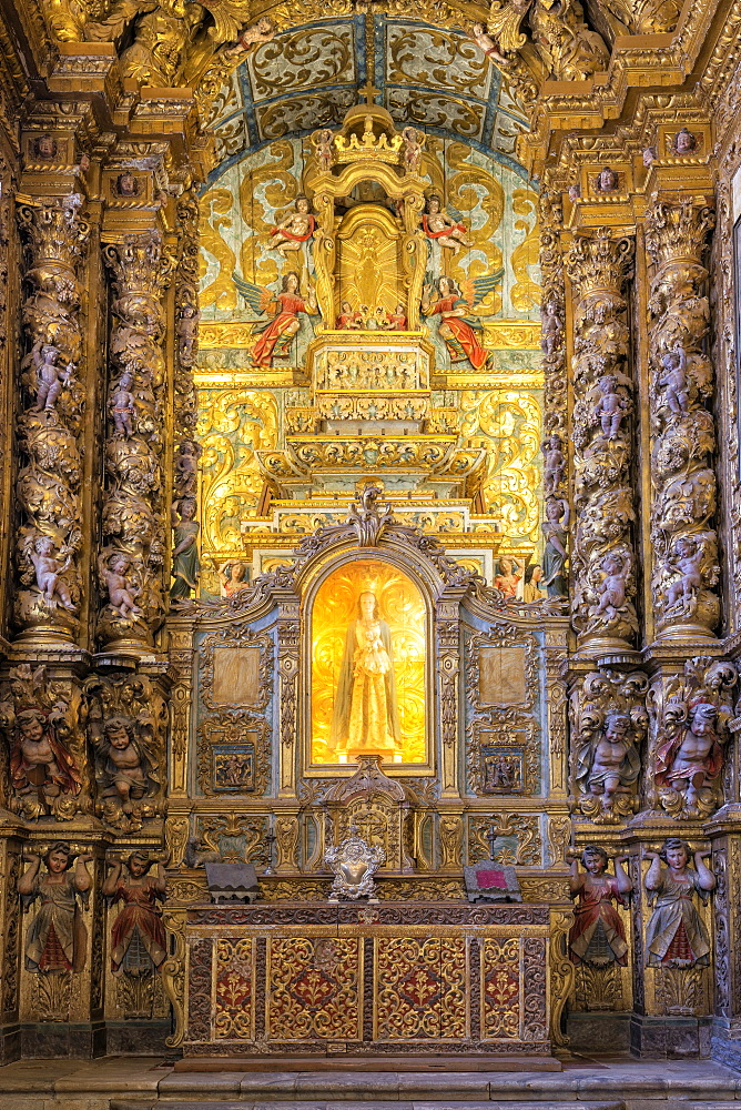 Main altar, Convento de Nossa Senhora da Conceicao (Our Lady of the Conception Convent and Church), Regional Museum Dona Leonor, Beja, Alentejo, Portugal, Europe