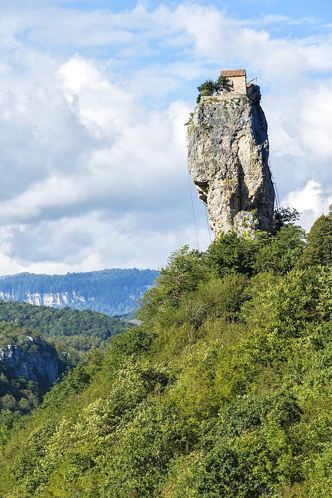 Katskhi Pillar, natural limestone monolith known as the Pillar of Life, Katskhi, Imereti Region, Georgia, Central Asia, Asia - 1131-963