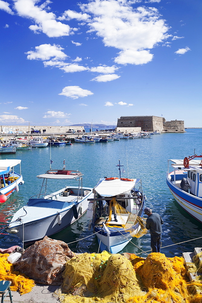 Venetian harbour, Venetian Fortress, Iraklion (Heraklio) (Iraklio), Crete, Greek Islands, Greece, Europe