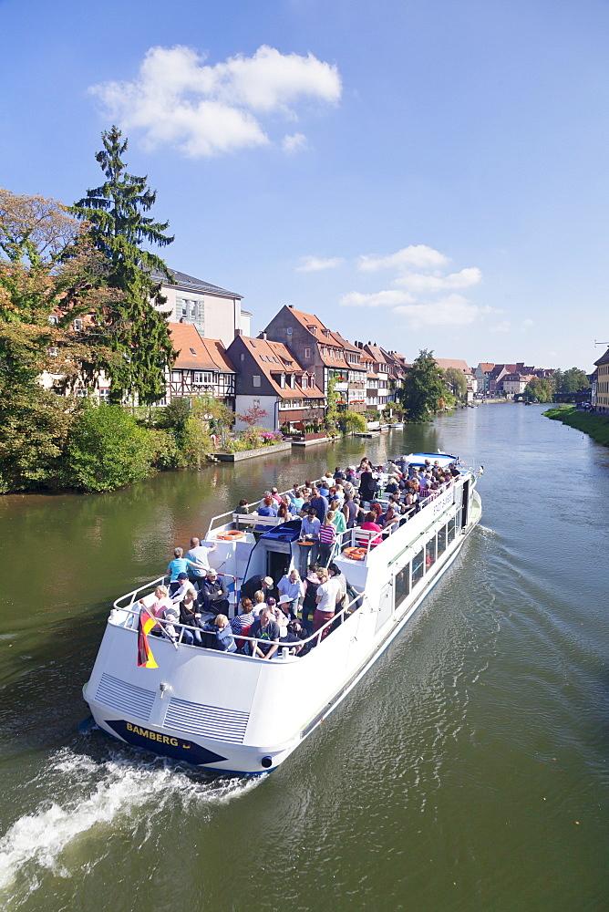 Excursion boat on Regnitz River, Little Venice (Kleinvenedig), UNESCO World Heritage Site, Bamberg, Franconia, Bavaria, Germany, Europe