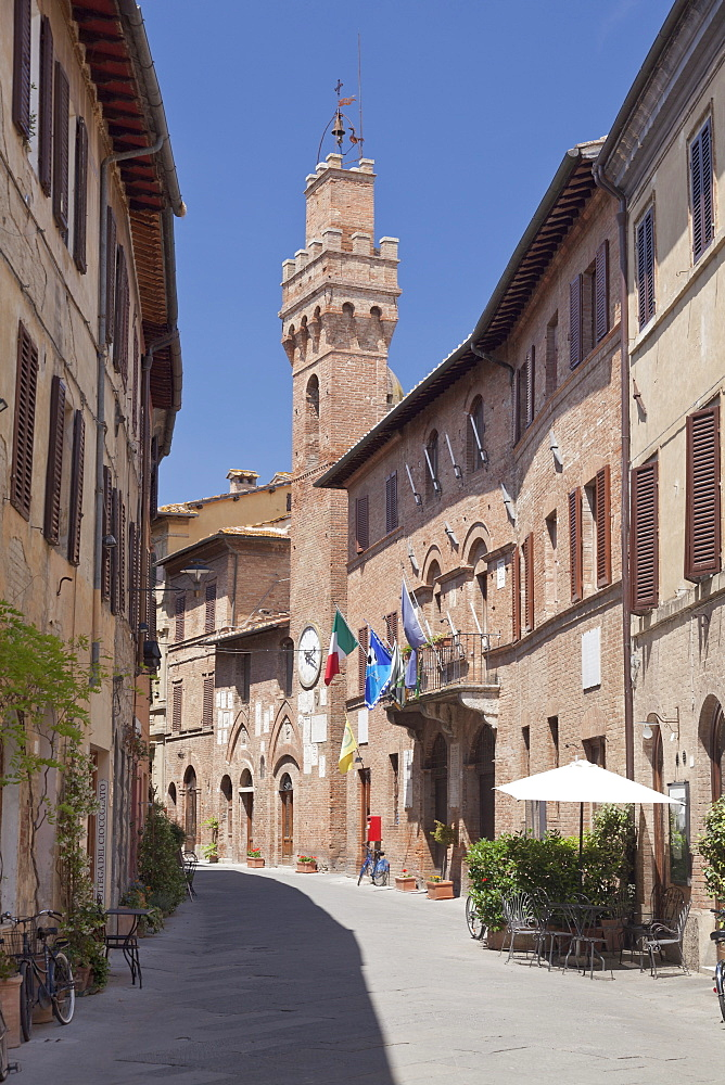 Old town with Torre Campanaria tower, Buonconvento, Siena Province, Tuscany, Italy, Europe