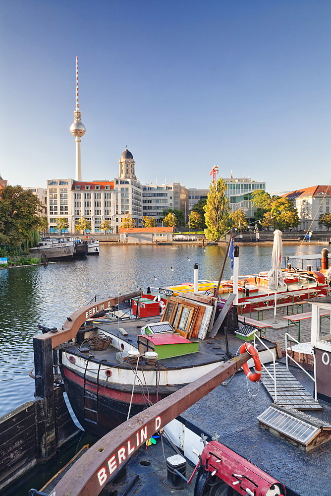 Historical port, Maerkisches Ufer, Spree River, Berliner Fernsehturm (television tower), Berlin, Germany, Europe
