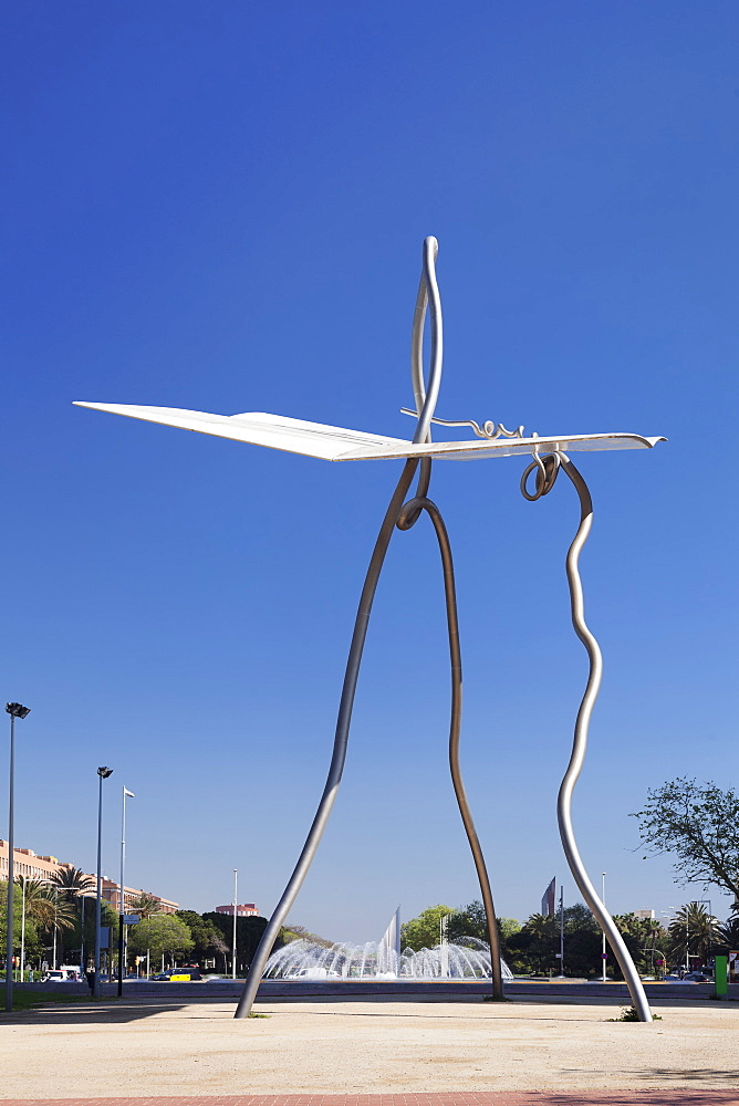 David and Goliath, Sculpture by Antoni Llena, Port Olimpic, Barcelona, Catalonia, Spain, Europe