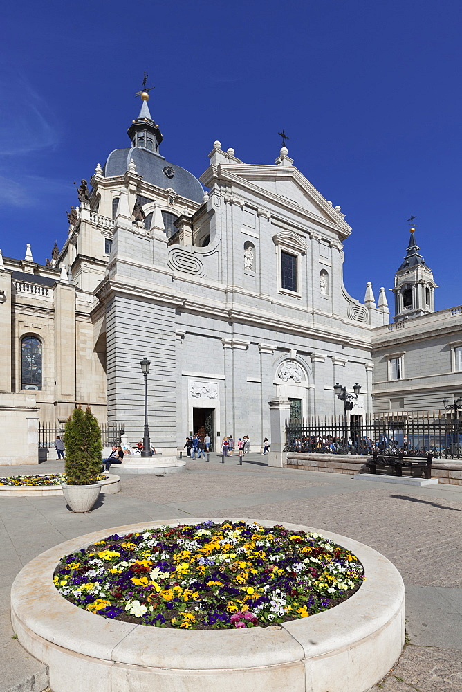 Almudena Cathetral (Santa Maria la Real de La Almudena), Madrid, Spain, Europe
