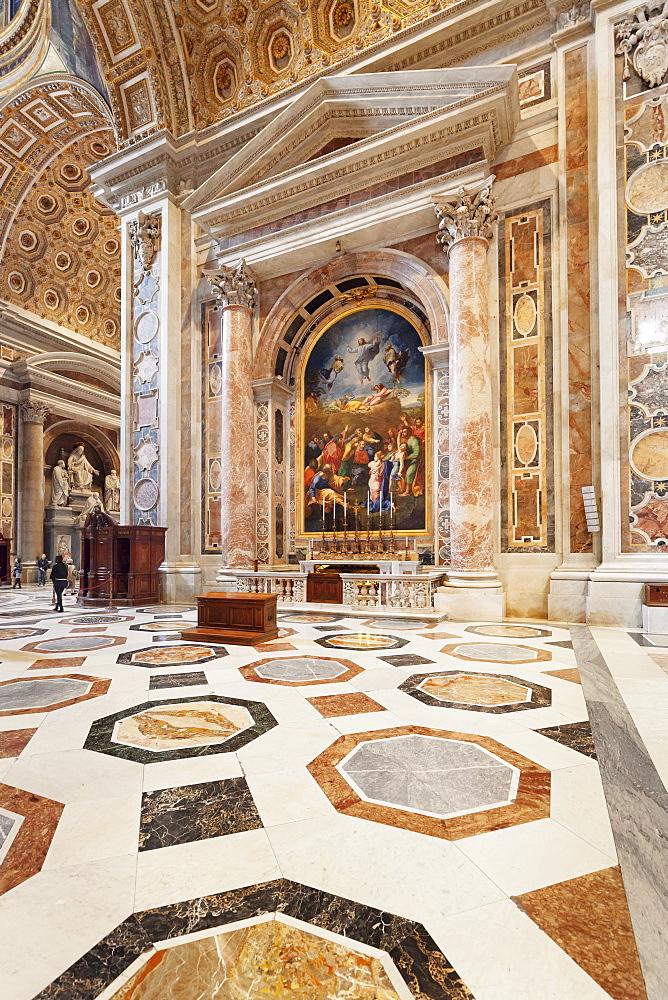 Altare de San Pietro Detto Della Bugi, St. Peter's Basilica (Basilica di San Pietro), UNESCO World Heritage Site, Vatican City, Rome,Lazio, Italy, Europe - 1160-3855