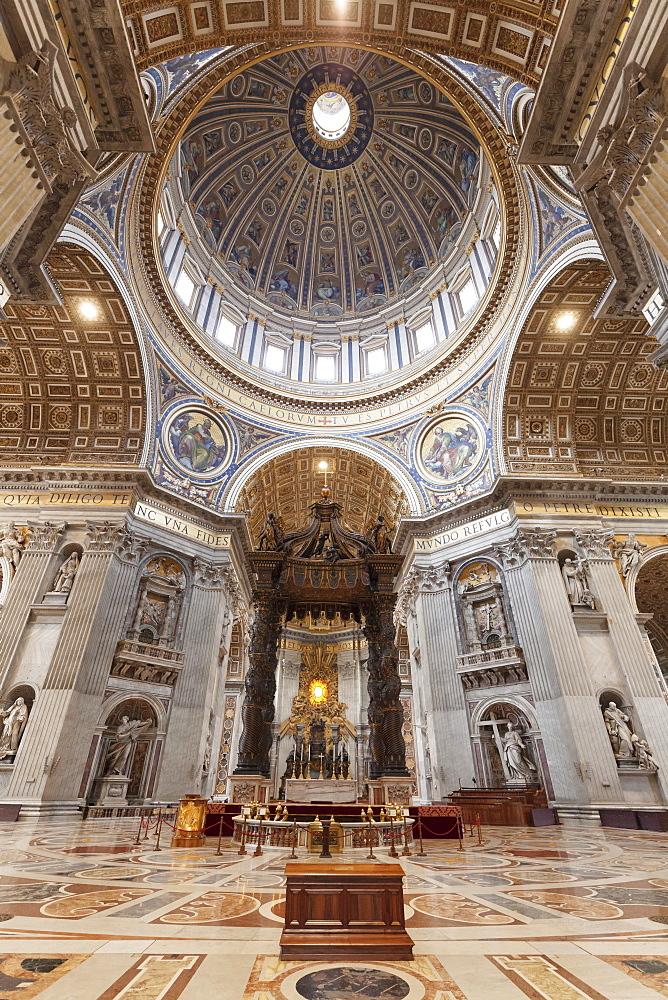 St. Peter's Basilica (Basilica di San Pietro), UNESCO World Heritage Site, Vatican City, Rome, Lazio, Italy, Europe