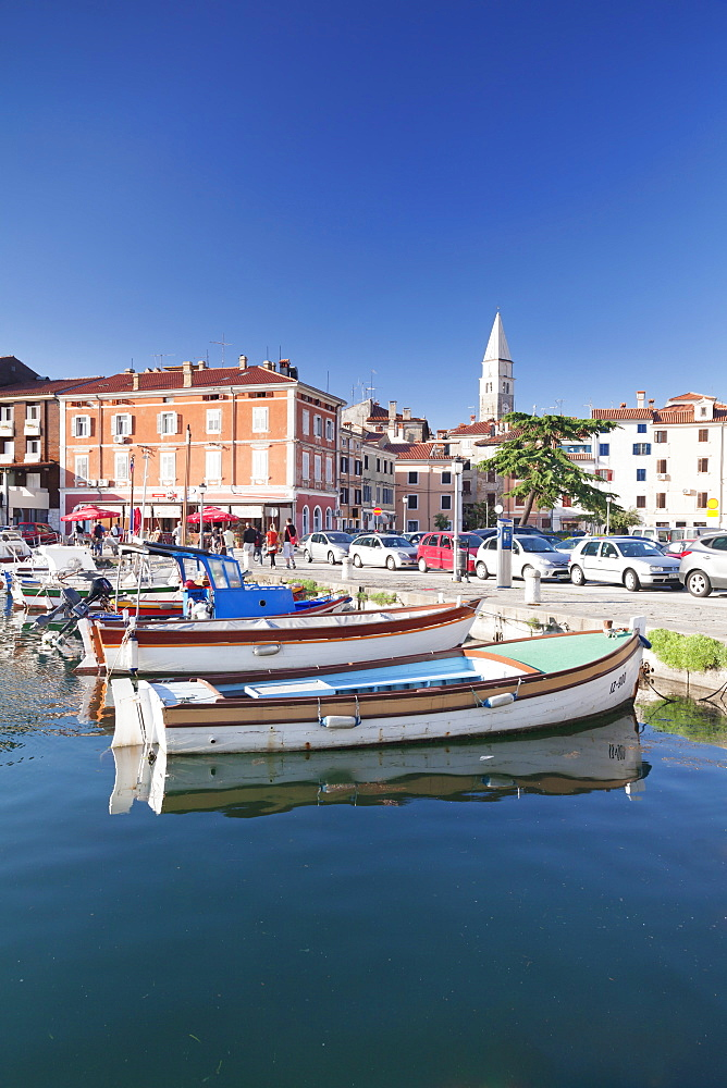 Old town and the harbour with fishing boats, Izola, Primorska, Istria, Slovenia, Europe