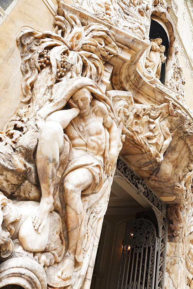 Alabaster figure at the entrance of the Ceramic Museum , Valencia, Comunidad Valencia, Spain, Europe
