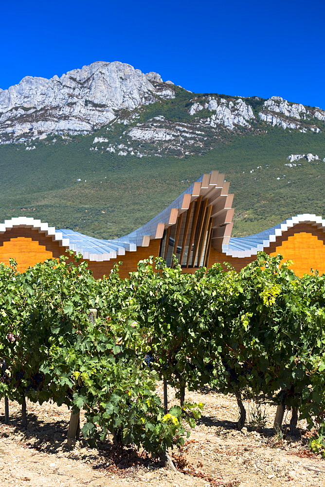Ysios Bodega winery futuristic architecture at Laguardia in Rioja-Alavesa wine-producing area of Basque country, Spain, Europe
