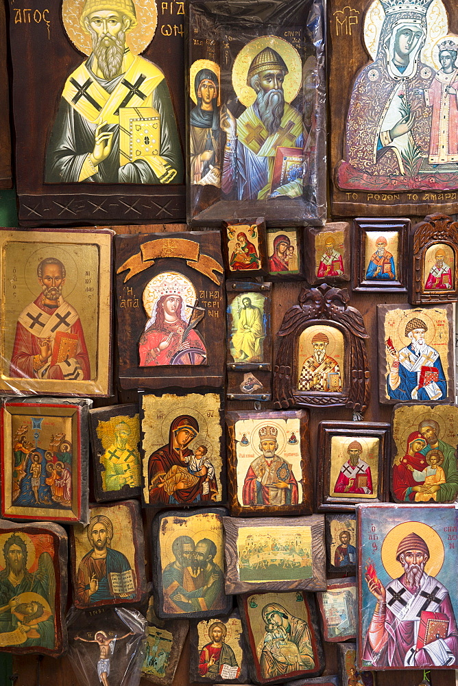 Greek Orthodox religious icons in souvenir and gift shop in Kerkyra, Corfu Town, Corfu, Greek Islands, Greece, Europe