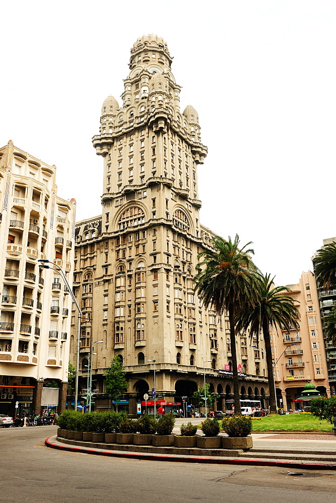 Salvo Palace building, art deco, Montevideo, Uruguay, South America