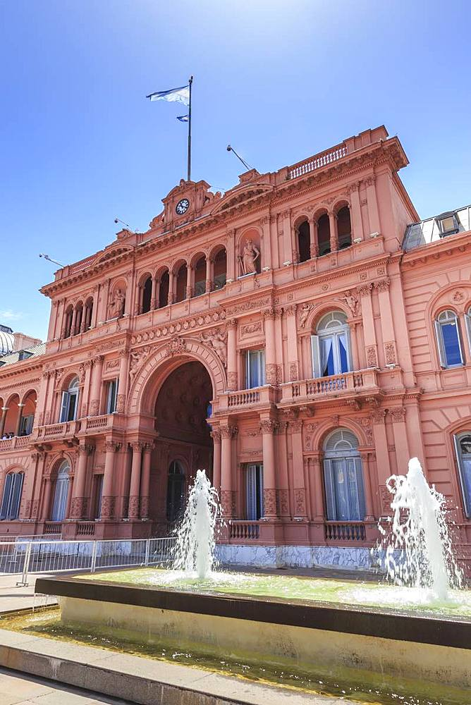 Casa Rosada (Pink House), Presidential Palace, iconic monument with Eva Peron connections, Plaza de Mayo, Buenos Aires, Argentina, South America - 1167-1906