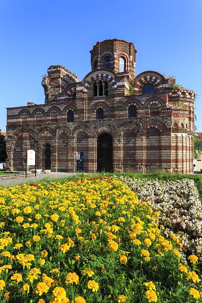 Flower border, Church of Christ Pantokrator, Nesebar (Nessebar), UNESCO World Heritage Site, Black Sea Coast, Bulgaria, Europe