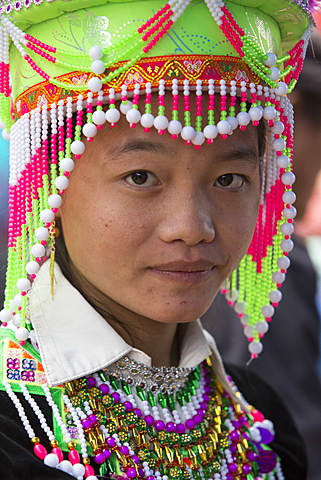 Woman from Flower Hmong ethnic group, Can Cau market, Bac Ha area, Sapa region, Lao Cai Province, Vietnam, Indochina, Southeast Asia, Asia - 1170-162