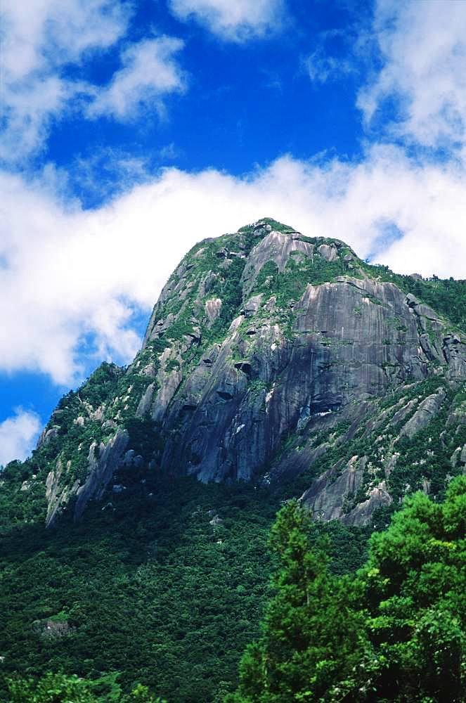 Mocchomu Peak, Kagoshima Prefecture, Yakushima, Kagoshima Prefecture