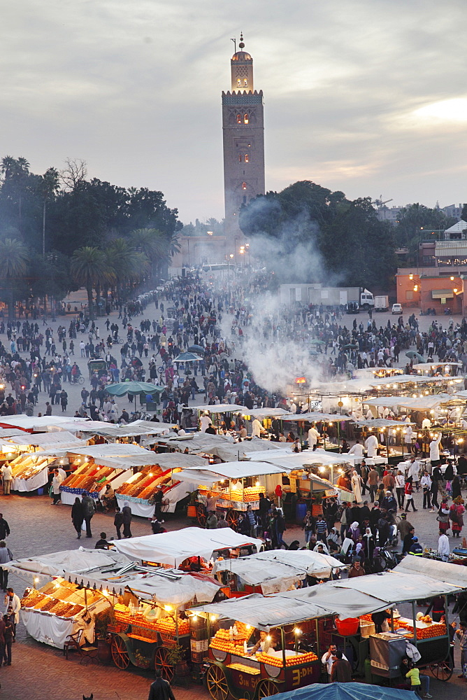 Review of the colourful goings-on on the illuminated Jemaa el-Fna Square in Marrakesh, Morocco