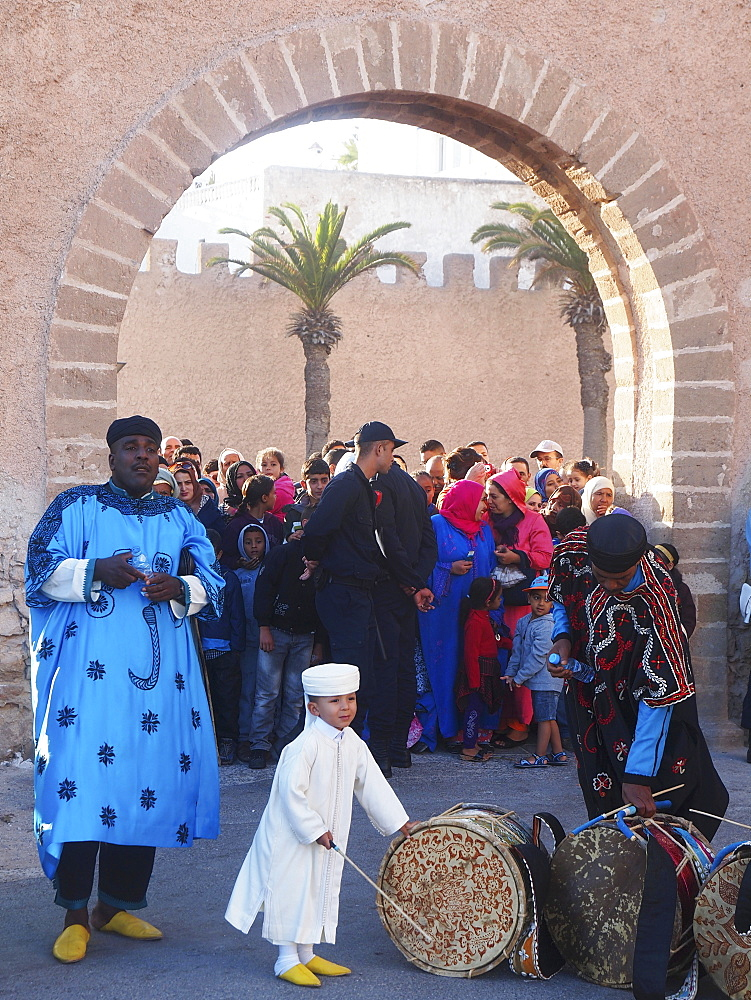 Trance-like drumming: Gnaoua musicians in Essaouira, Morocco
