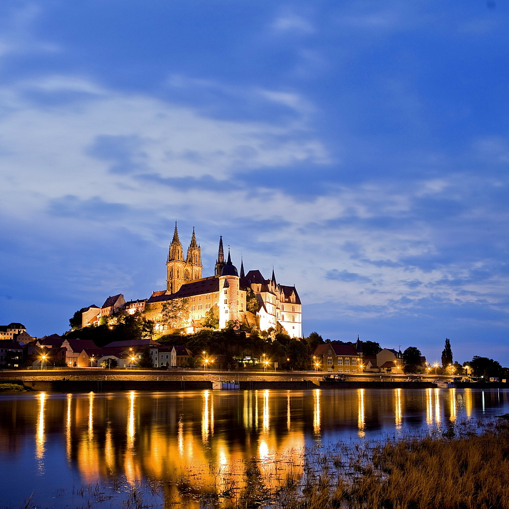 Albrechtsburg and Meissen Cathedral on Elbe river in Saxony, Germany