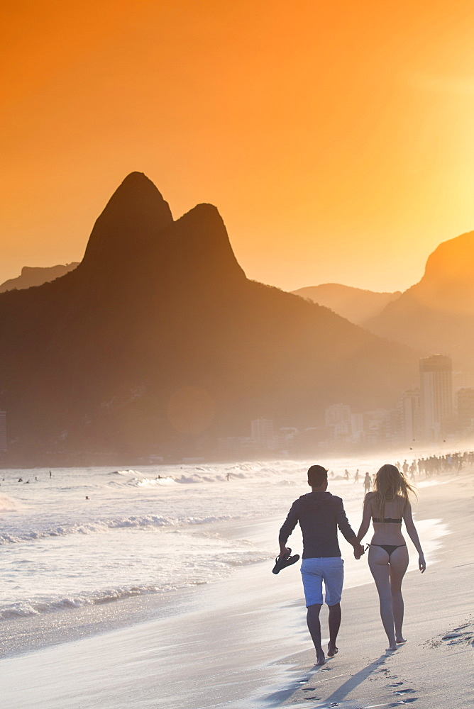 Ipanema and Leblon beach at sunset with the Morro dos Dois Irmaos (Two Brothers) hills behind, Rio de Janeiro, Brazil, South America - 1176-105