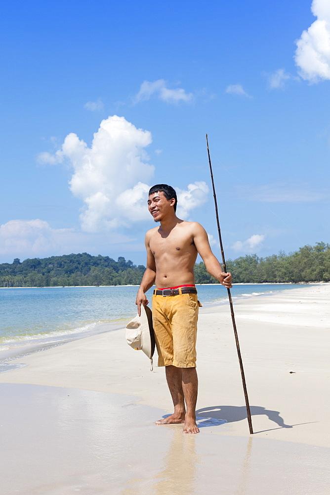 Khmer fisherman on Ream Beach near Sihanoukville, Cambodia, Indochina, Southeast Asia, Asia