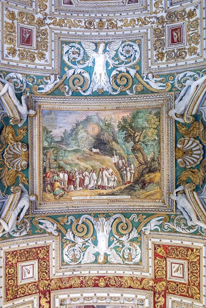 The painted ceiling in the gallery of Maps, Vatican Museum, UNESCO World Heritage Site, Vatican City, Rome, Lazio, Italy, Europe