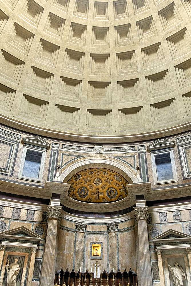 Interior of the Roman-built Pantheon Church, UNESCO World Heritage Site, Rome, Lazio, Italy, Europe - 1176-949