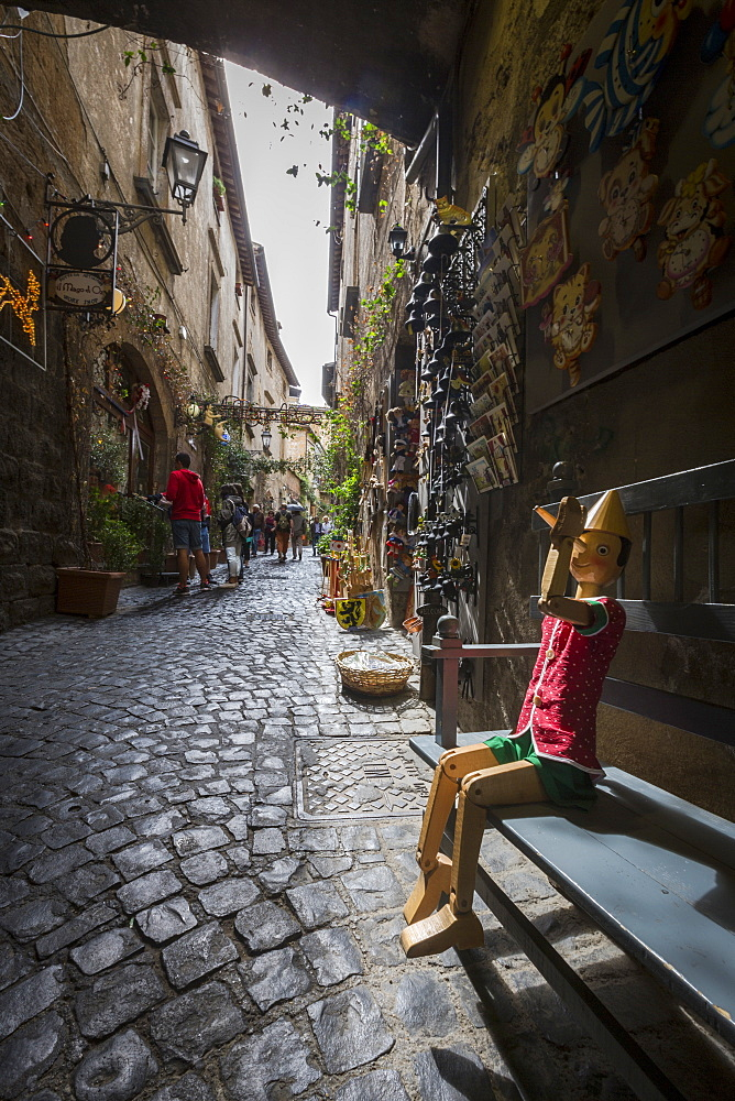 A typical alley with local craft shops, Orvieto, Terni Province, Umbria, Italy, Europe